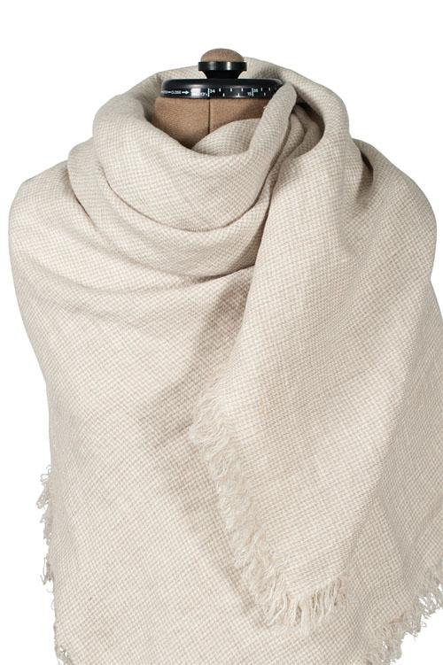 Damen Tuch aus Leinen klein weiß natur kariert.